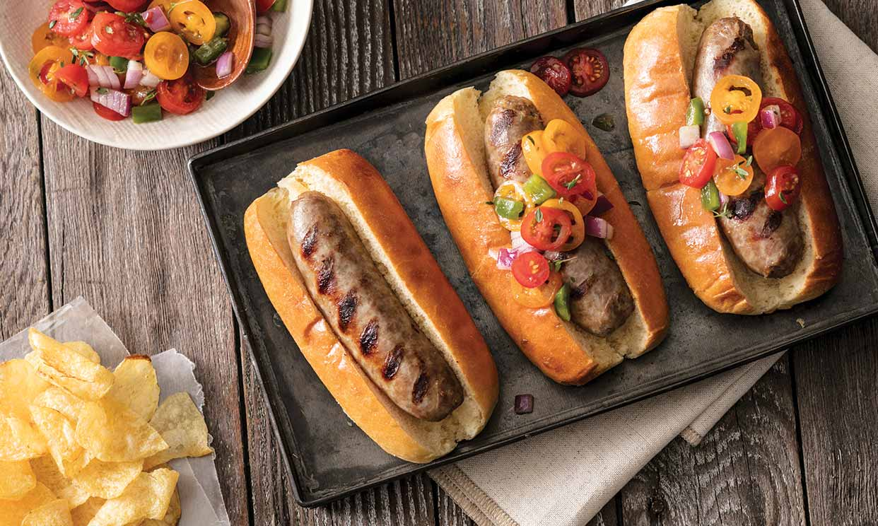 Brats with Tomato Pepper Relish