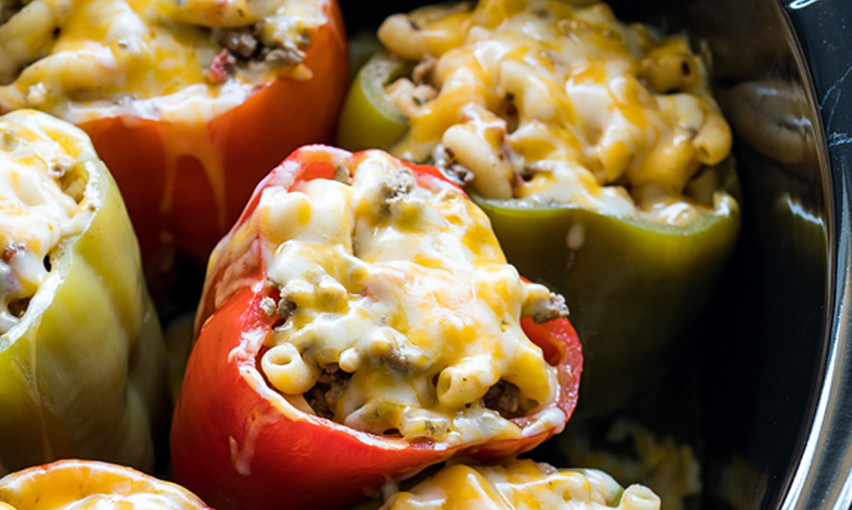 Slow Cooker Beef and Mac Stuffed Peppers