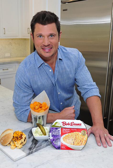 Nick's Cincinnati Inspired Mac and Cheese Burger