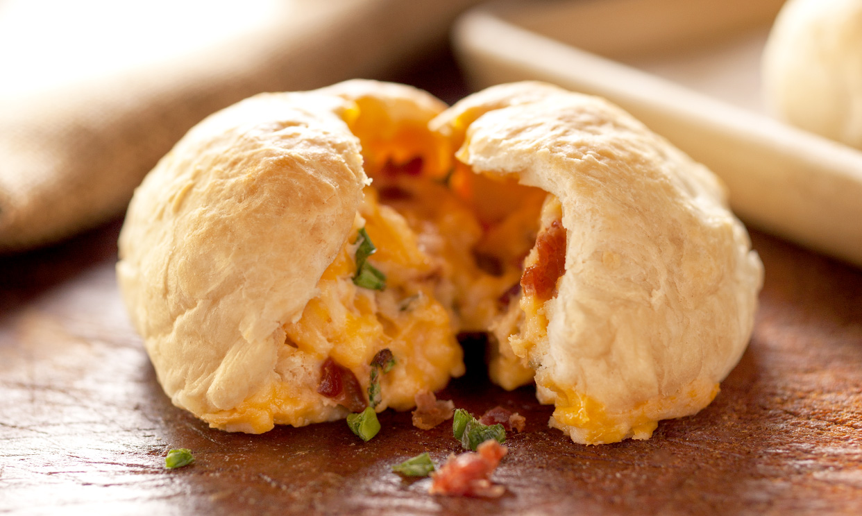 Loaded Mashed Potato Dinner Rolls
