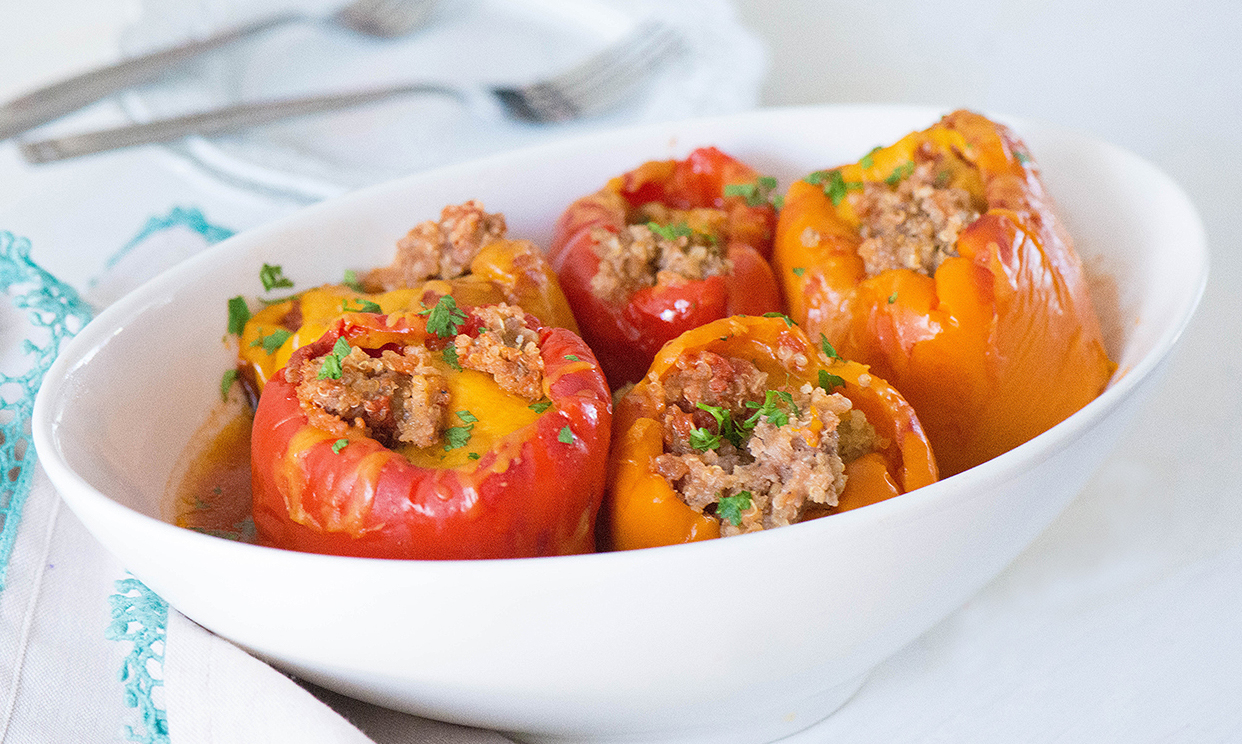 Slow Cooker Bell Peppers with Quinoa