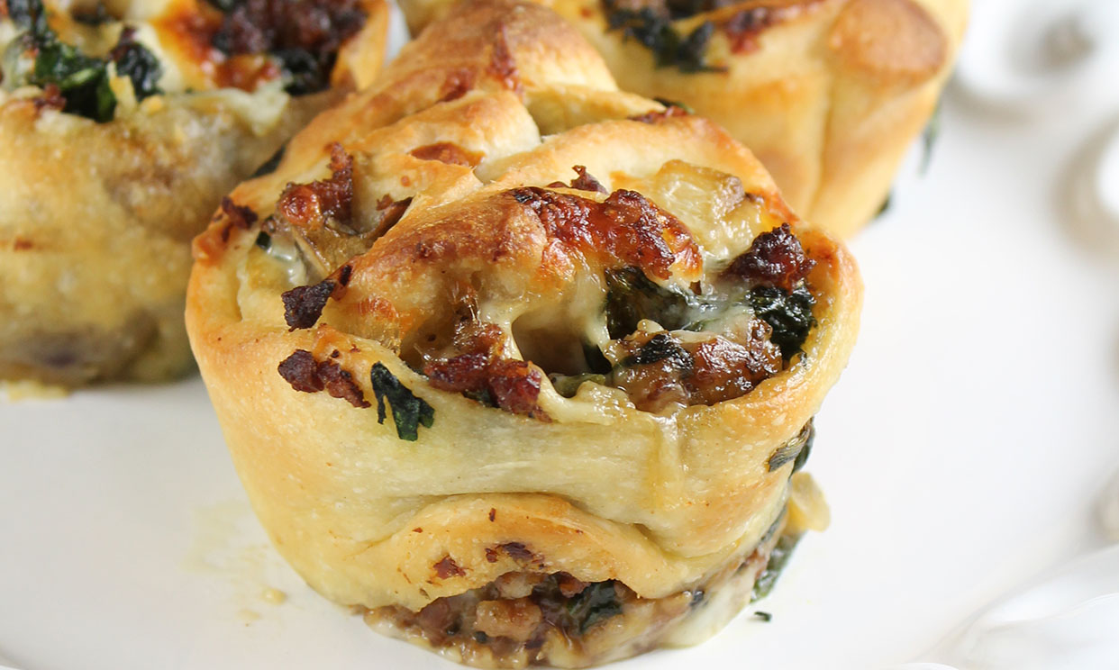 Zesty Sausage & Spinach Ranch Rolls